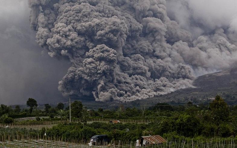 Синабунг извержение пирокластический поток