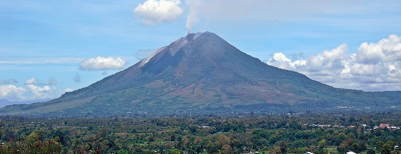Синабунг вулкан