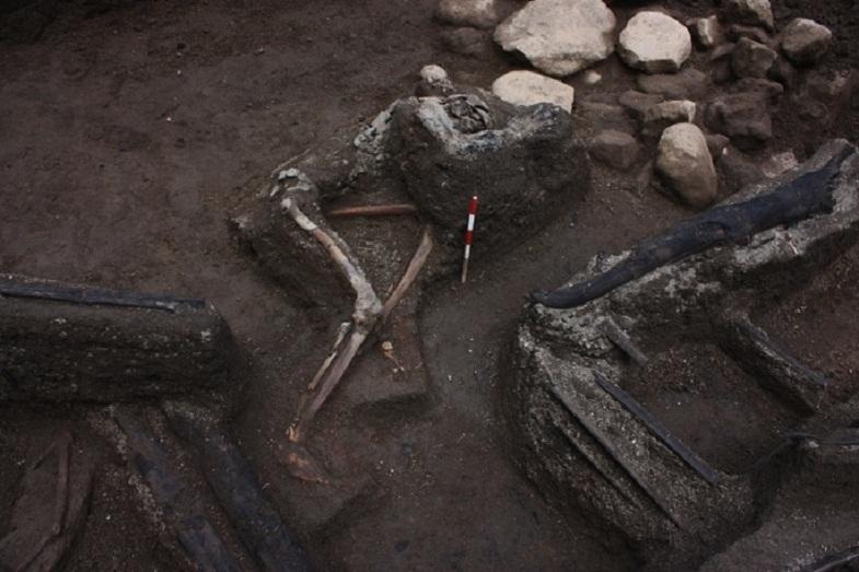 Тамбора останки людей после извержения 1815 года