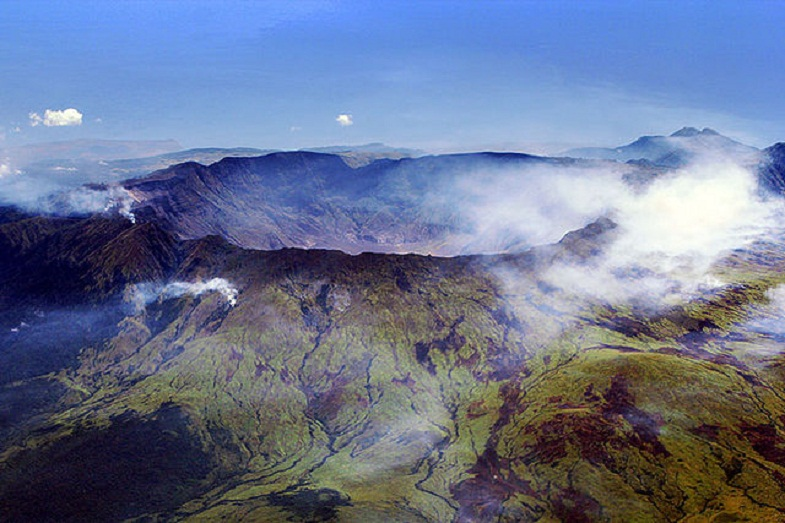 кратер Тамборы