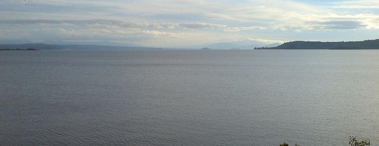 Таупо озеро