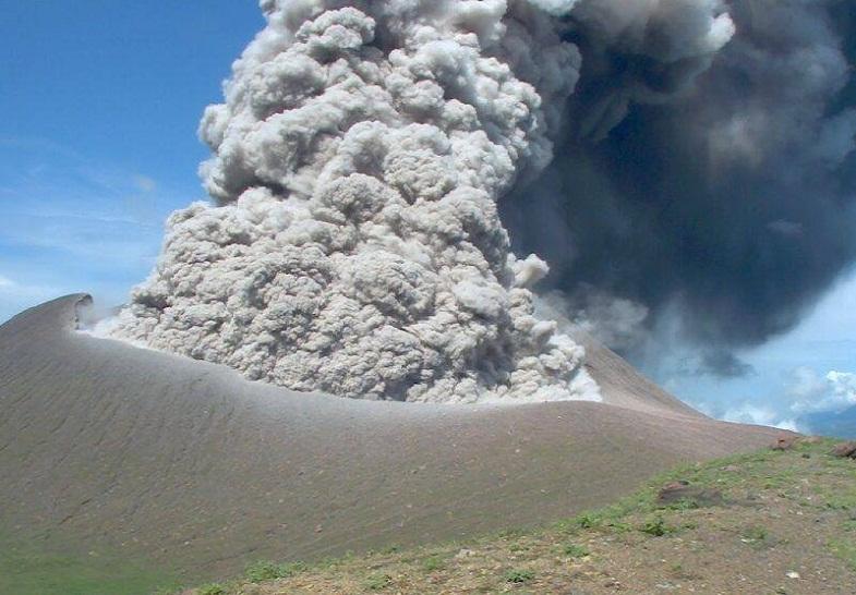 Извержение Телики