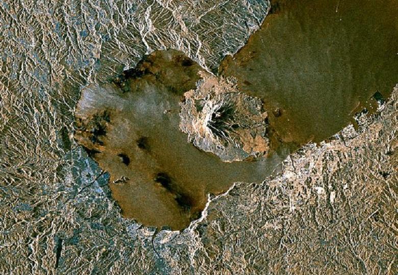 Снимок Айры из космоса
