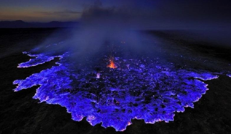 Иджен синий огонь