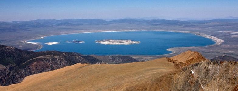 Моно озеро