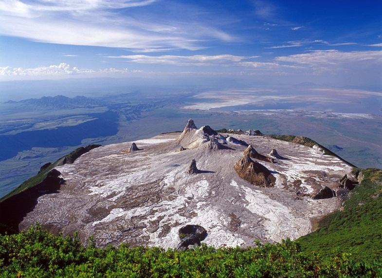 Ол-Доиньо-Ленгаи кратер