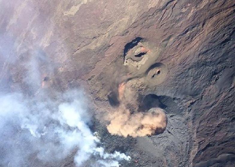 Опустевший кратер Питон-де-ла-Фурнеза