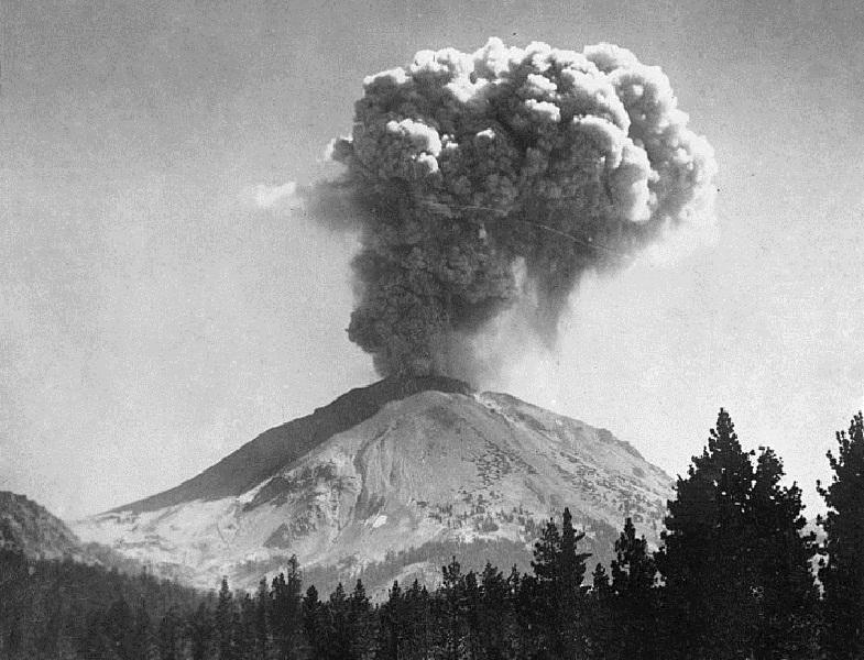 Извержение Лассен-Пик в 1915 году