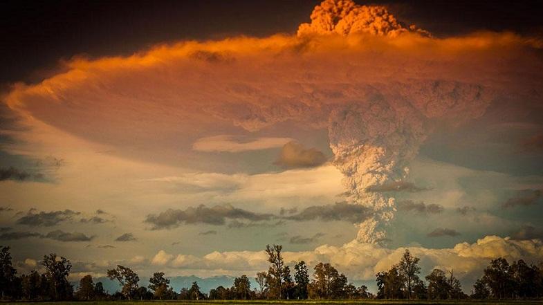 Извержение Пуеуэ  в 2011 году