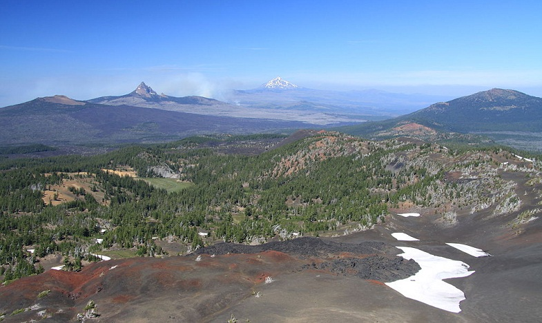 Комплексс вулканов в Каскадных горах