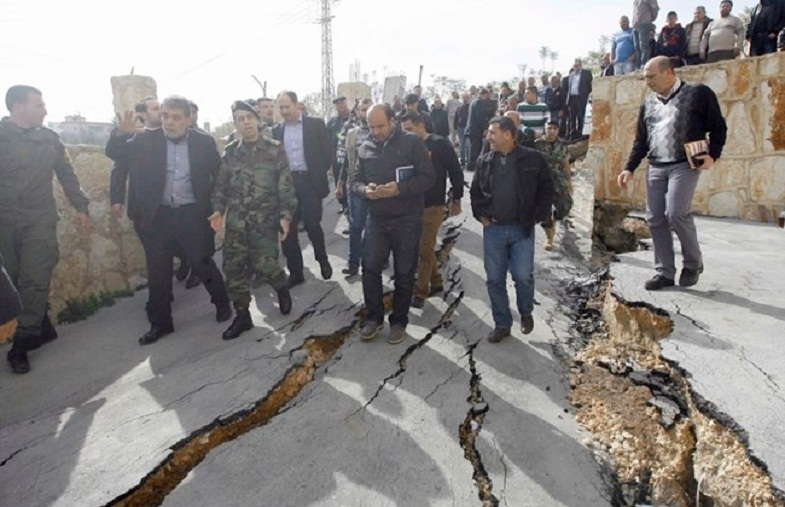 Ливан трещины