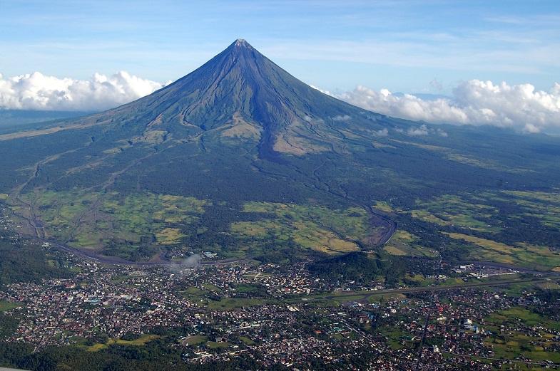 Майон вулкан