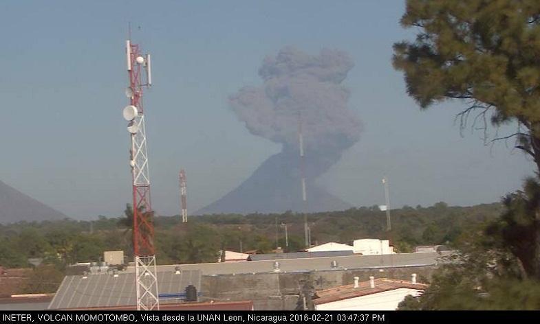 Момотомбо вулкан