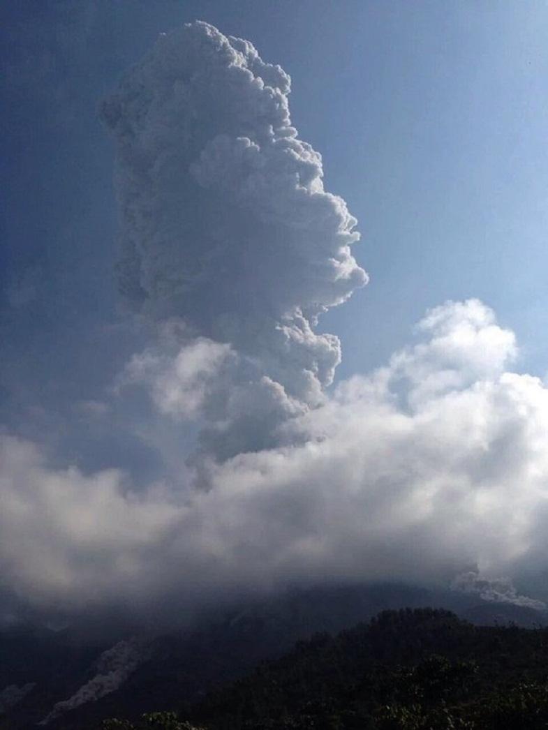Сантьягуито вулкан 22 мая