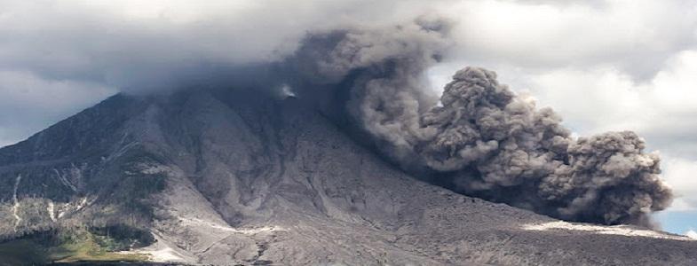 Синабунг извержение