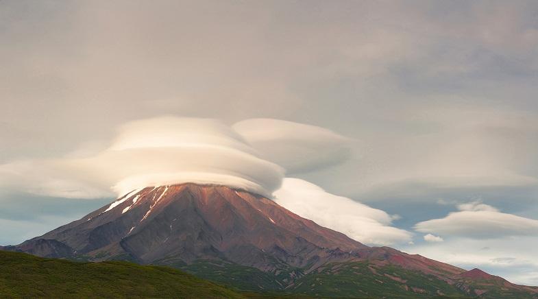 Лентикулярное облако над Кроноцким