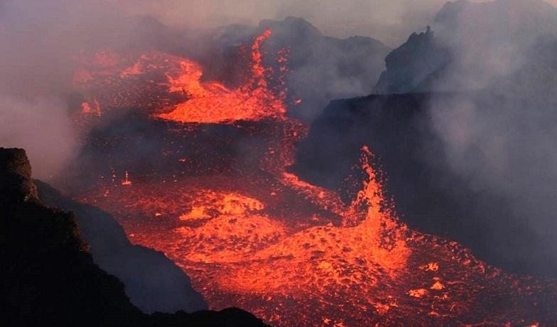 Баурдарбунга лава 2014 год