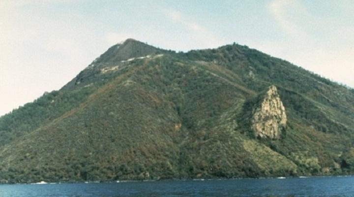 Вулкан Ия Индонезия