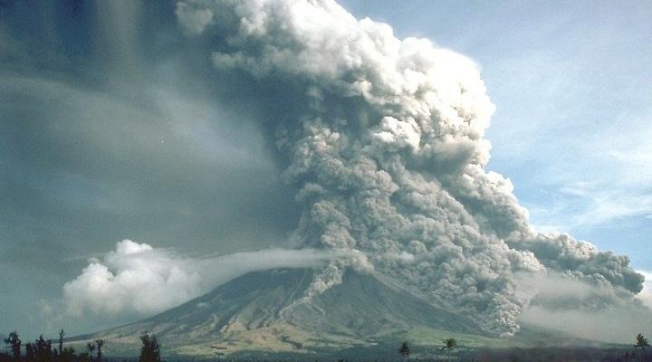 Извержение Майона в 1984 году