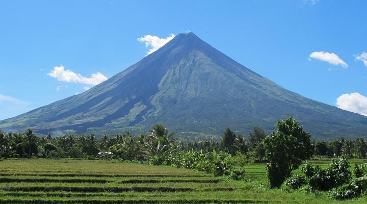 вулкан Майон фото
