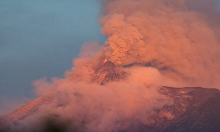 Извержение вулкана Фуэго фото