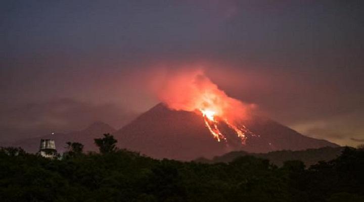 Извержение вулкана Колима новости