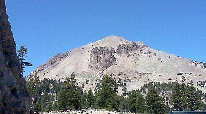 Вулкан Лассен-Пик фото