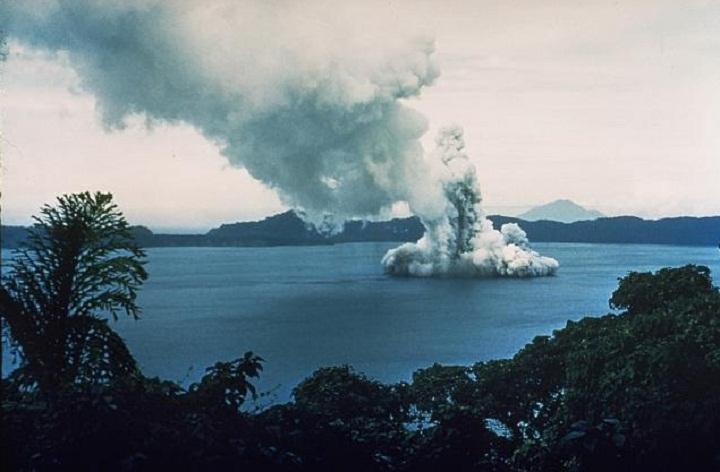 Извержение в кальдере Лонг-Айленд, 1953-1954 годы