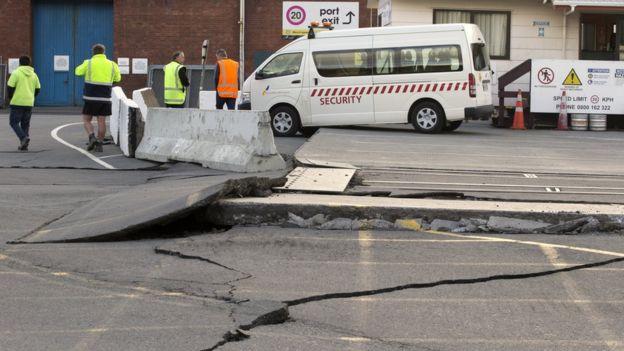 разрушенные дороги