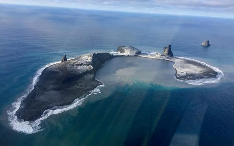 Авиакомпании предупредили оначале извержения вулкана Богослов наАлеутских островах