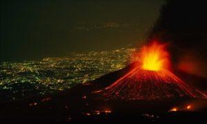 вулкан этна извержение ночью