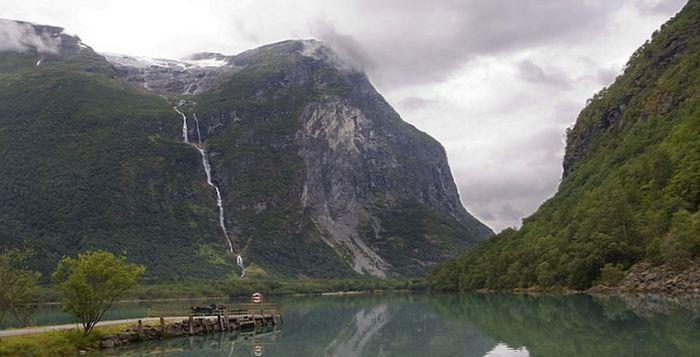водопад утигорд норвегия