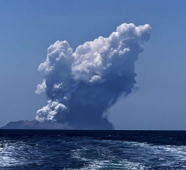 Извержение вулкана в Новой Зеландии